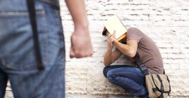 Hilfe bei Mobbing in Beruf und Schule finden