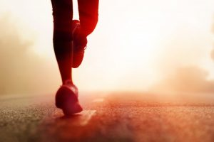Zeitsparend und effektiv: Laufen und Krafttraining kombinieren