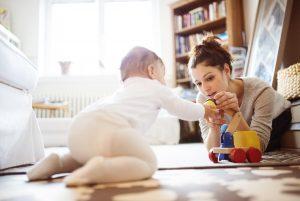 Entwicklungsverzögerungen: Ihr Kind will nicht laufen lernen?