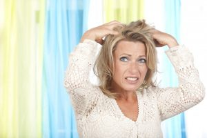 Kopfschuppen – Konkrete Hilfe, wenn es rieselt