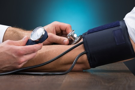 So können Sie mit Schüßler-Salzen Bluthochdruck behandeln