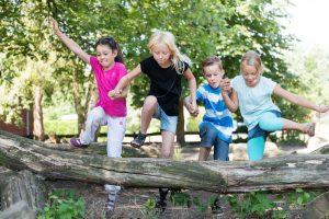 So helfen Sie Ihrem Kind, im Ferienlager das Heimweh zu überwinden