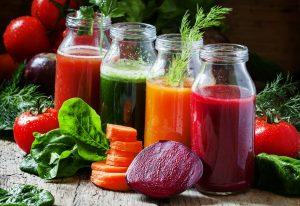 Eine Anleitung zum gesunden Abnehmen mit Saftfasten in 10 Schritten
