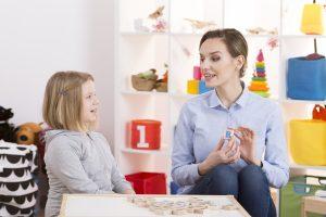 Homöopathie bei Sprachstörungen: Lispeln