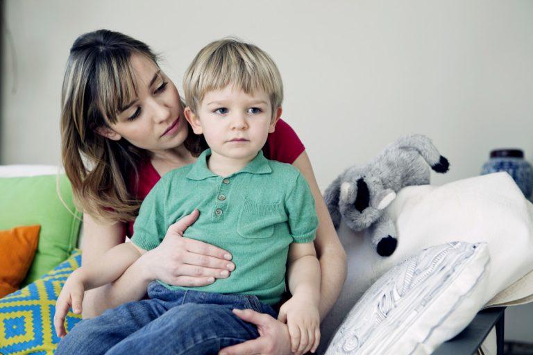 Homöopathie bei chronischen Bauchschmerzen einsetzen