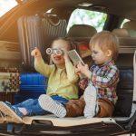 Diese Spiele für Autofahrten verkürzen Kindern lange Reisezeiten