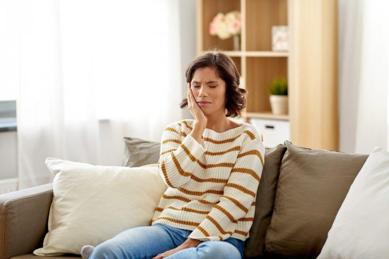Zahnschmerzen lindern: So hilft Ihnen die Reflexzonenmassage