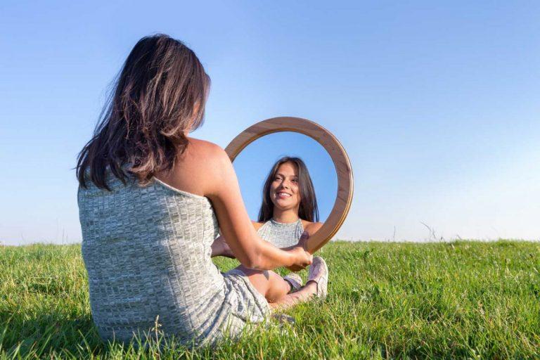 Geringes Selbstwertgefühl homöopathisch behandeln