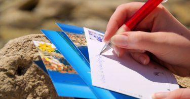 Mit Kindern eine persönliche Urlaubs-Karte basteln