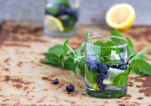 Vielseitige Pfefferminze: Ein leckeres Getränk fürs ganze Jahr