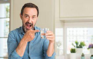 Gewichtsreduzierung: Tipps zum richtigen Trinken