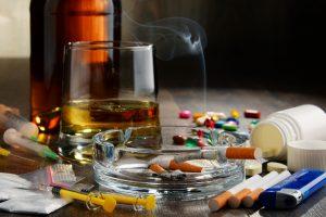 Hilfe bei Drogen- und Suchtproblemen finden