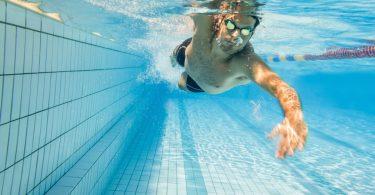 Die besten Sportarten für den Rücken: Schwimmen