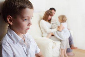 Die größten Irrtümer: Zwischen Kindern herrscht immer Neid, besonders um die Gunst der Eltern