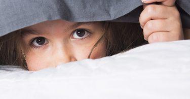 Schüchtern: So helfen Sie Ihrem Kind