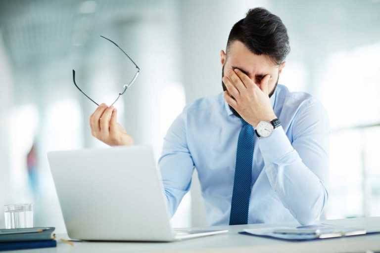 Schnell-Tipp: 3 Augenübungen fürs Büro