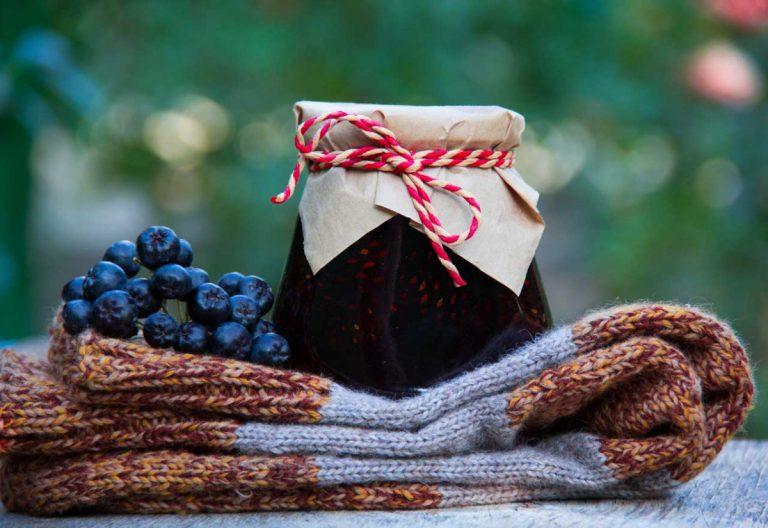So dekorieren Sie Marmelade oder Gelee als Geschenk