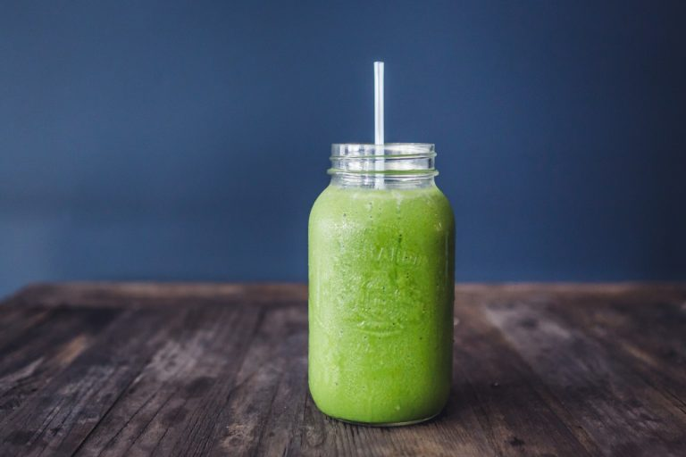 Grüne Smoothies: Welche Mixer sind geeignet?