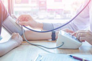 Bluthochdruck und Stress: Naturheilkunde hilft