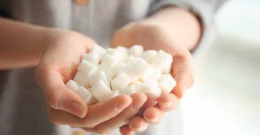 Die größten Irrtümer: Wer viel Zucker isst, bekommt Diabetes