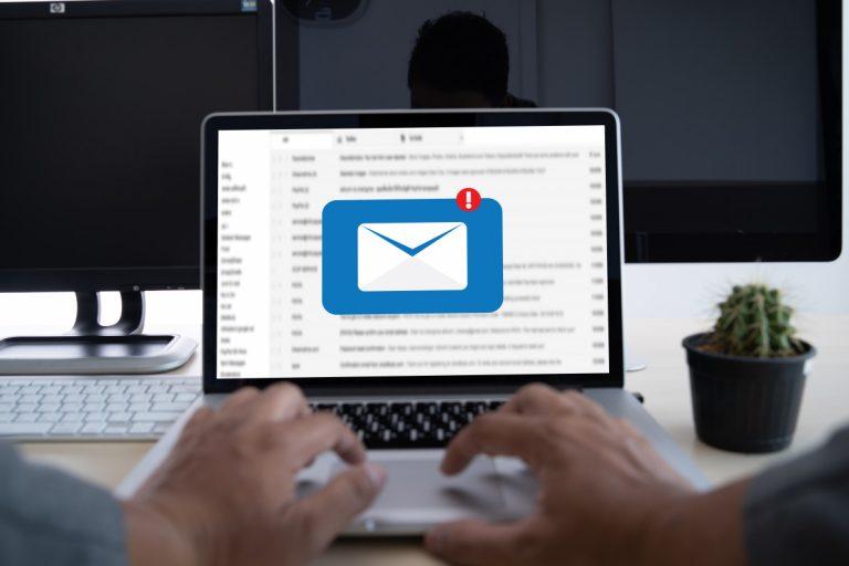 E-Mail auf Französisch: Mailadresse und At-Zeichen