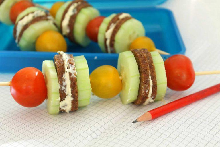 Pausenbrot am Spieß: Gesundes Frühstück für Schulkinder