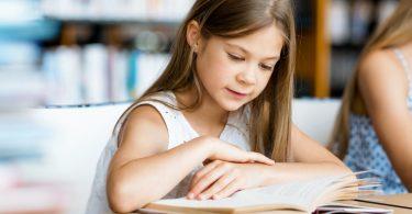 Wie kann ich mein Kind zum Lesen motivieren?