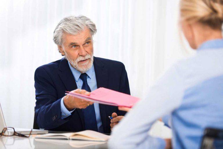 Kündigungsschutzklage: Müssen Sie Ihre Mitarbeiter aufklären?