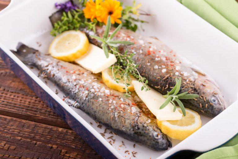 Küchenklassiker: Rezept für Forelle blau