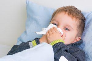 Schnupfen: bei Kindern Infekten vorbeugen