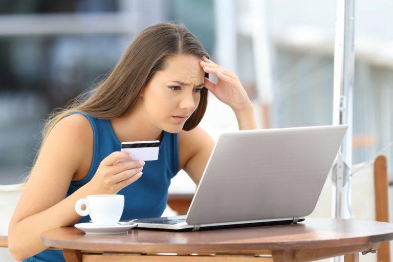 So verhalten Sie sich bei Kreditkartenbetrug