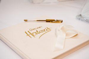 Zur Hochzeit: ein Gästebuch mit außergewöhnlichen Fotos