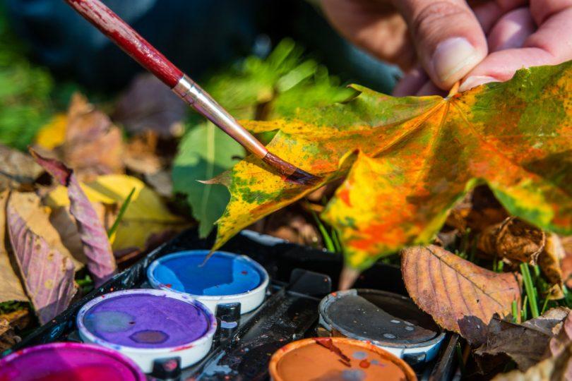 Mit Kindern Im Herbst Basteln Bastelideen Mit Herbstlaub Expertode
