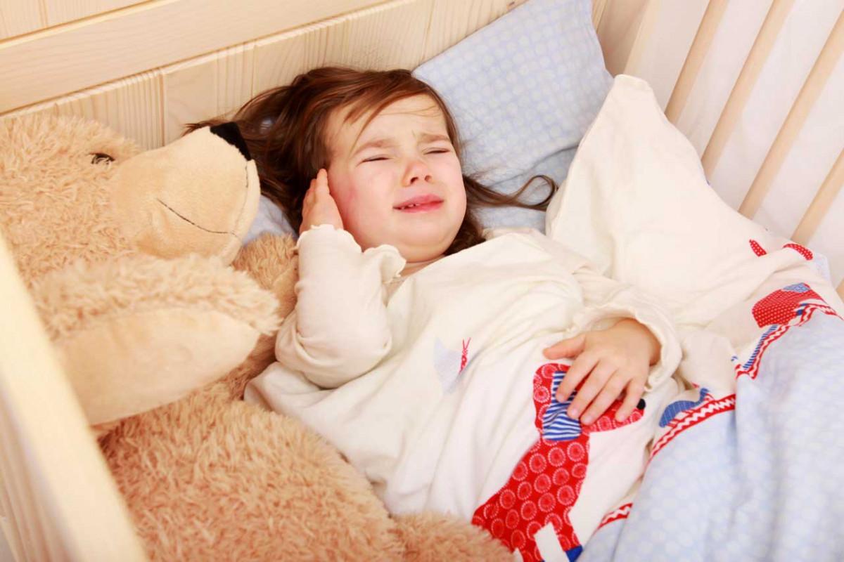 ohrenschmerzen bei kindern der zwiebelwickel hilft. Black Bedroom Furniture Sets. Home Design Ideas