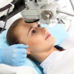 Grauer Star: Was hilft bei trüben Augen?