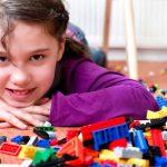 Kinderzimmer aufräumen: Hilfreiche Tipps für Eltern