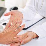 Rheumatische Beschwerden mit Schüßlersalzen behandeln