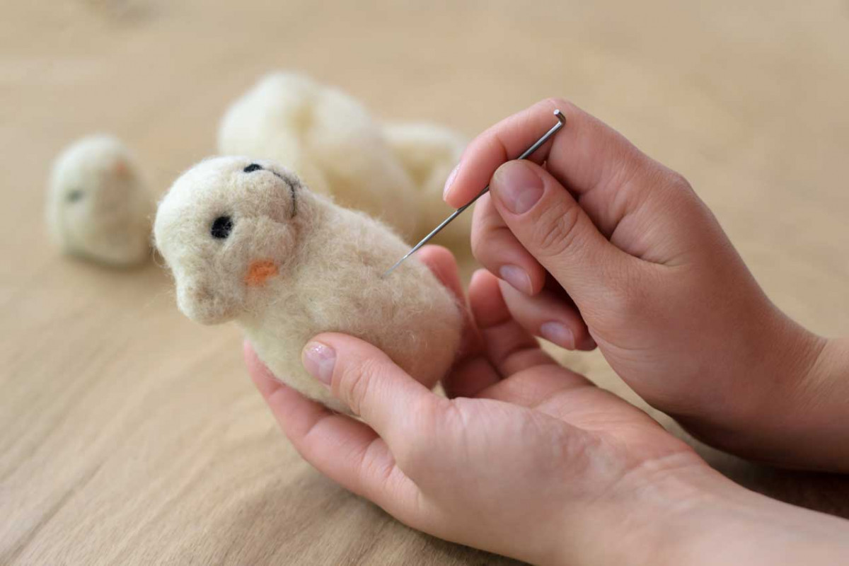 Nadelfilzen: Tier- und Krippenfiguren ohne Seifenschaum filzen