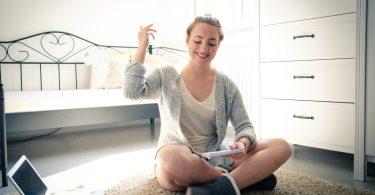 Karteikarten und Pinnwände erleichtern das Schreiben langer Texte