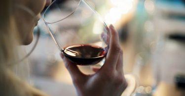 Alkohol als Dickmacher: Vorsicht bei Diäten