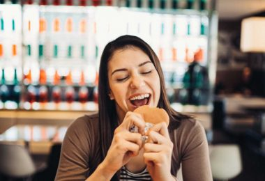 Fett oder Kohlenhydrate: Welche Ernährung ist besser fürs Herz