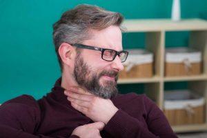 Kehlkopfentzündung homöopathisch behandeln