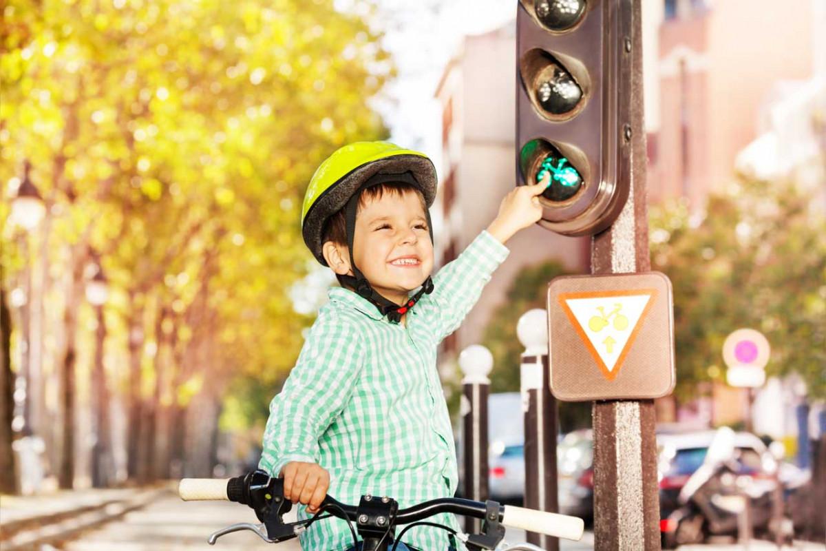 Verkehrserziehung - So machen Sie Ihr Kind fit für die Straße