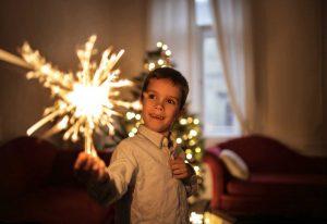 Nutzen Sie diese Ideen für Ihre Silvesterparty für die ganze Familie