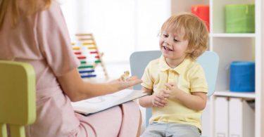 Sprachprobleme beim Kind - So helfen Sie