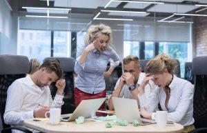 Konflikte lösen: Gibt es Spannungen im Team oder im Büro?