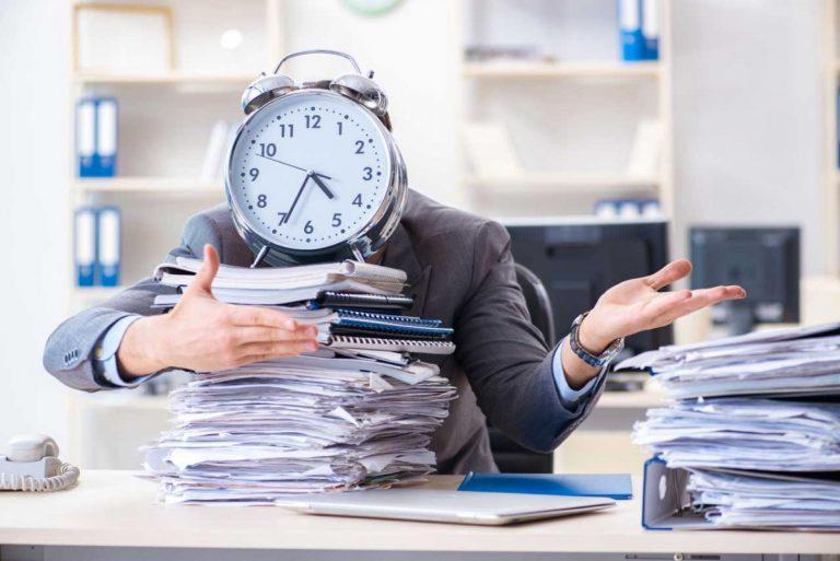 Arbeitsorganisation: 3 bewährte Methoden gegen wachsende Papierberge