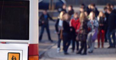 10 Goldene Regeln für das Schulbusfahren