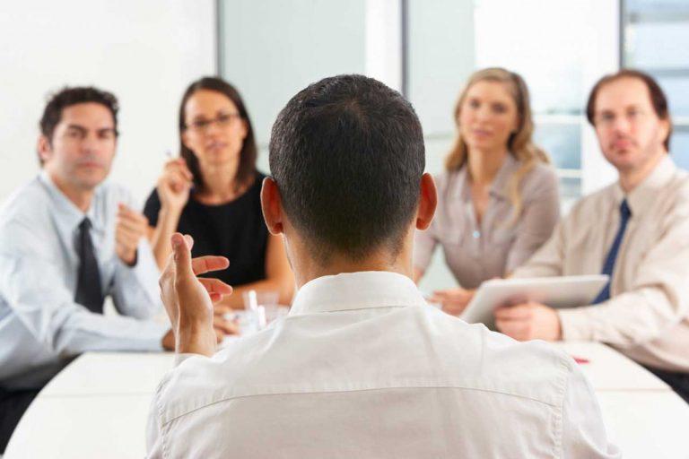 Unterschied zwischen Manager und Führungspersönlichkeit: Worauf Sie achten sollten