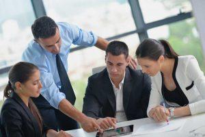 Einflüsse im Führungsalltag: Die richtigen Dinge tun